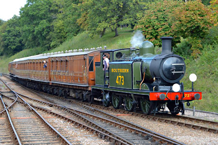 The E4 with Victorian set - Steve Lee - 14 September 2014