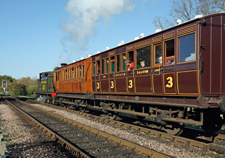 B473 with LCDR carriages - Brian Lacey - 27 October 2014