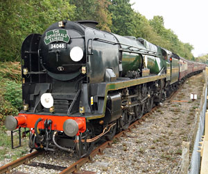 Braunton arrives at East Grinstead - Brian Lacey - 2 Oct 2014