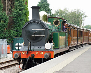 H-class arrives at East Grinstead - Brian Lacey - 20 Sept 2014