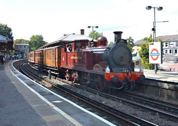 Met.1 at Rickmansworth - Andrew Crampton - 17 August 2014