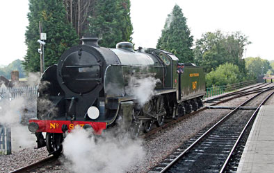 S15 847 at East Grinstead - John Sandys - 9 September 2014