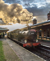5643 at Horsted Keynes with Santa Special - Nick Burgess - 20 December 2014