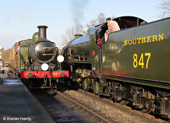 B473 and 847 at Sheffield Park - Kieran Hardy - 29 November 2014