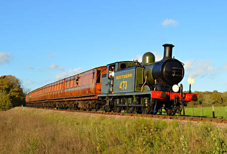 E4 heads south from Horsted Keynes - Steve Lee - 1 November 2014