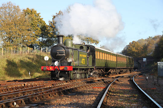 B473 on photo charter approaching Horsted Keynes - Andrew Strongitharm - 6 November 2014