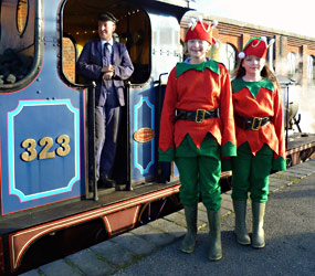 Elves ready to give Santa a hand - Nick Talbot - 20 December 2014