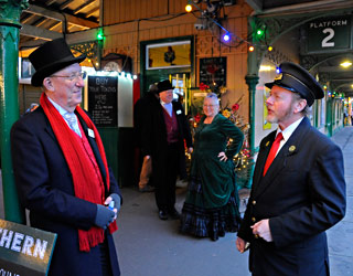 Santa Team at Horsted Keynes - Derek Hayward - 20 December 2014