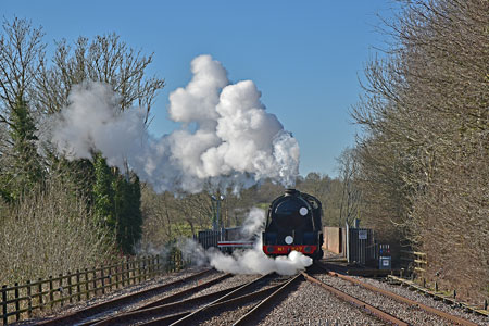 S15 comes off the viaduct at East Grinstead - Brian Lacey - 17 February 2015