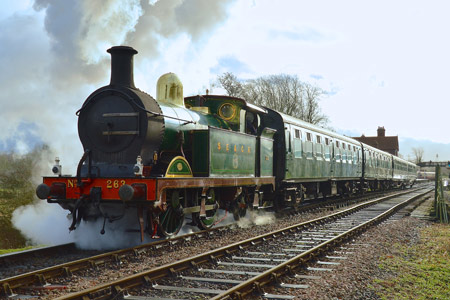 H-class departs from Sheffield Park with the 11am service - Steve Lee - 10 January 2015