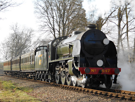 S15 with photo charter set passing Lineside Gang - Brian Kidman - 11 March 2015