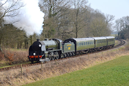 S15 with photo charter at Freshfield Curve - Steve Lee - 11 March 2015