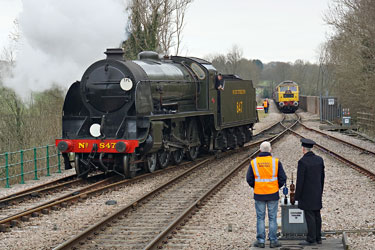 S15 comes off the special at East Grinstead - Brian Lacey - 21 March 2015