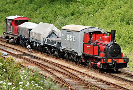 Baxter approaches Horsted Keynes with goods train - David Long - 30 May 2015