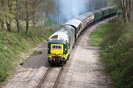D9009 southbound at Hill Place Farm Bridge - John Sandys - 17 April 2015