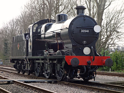 Q-class at East Grinstead - Brian Lacey - 8 April 2015