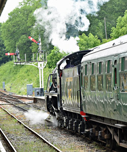 S15 departs from Horsted Keynes - Brian Lacey - 13 June 2015