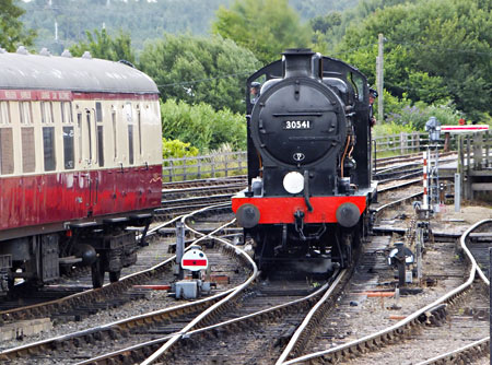 Q-class at Sheffield Park - John Sandys - 28 July 2015