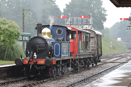 323 shunting at Horsted Keynes - Huw Lloyd - 13 August 2015