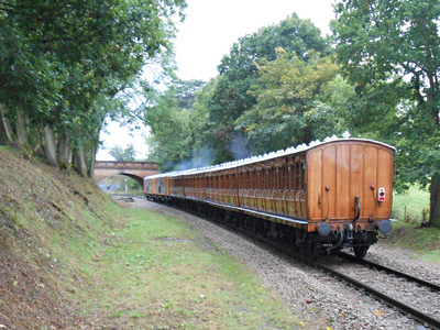 73s and Met coaches passing the Wednesday lineside gang at Hill Place - Brian Kidman - 16 September 2015