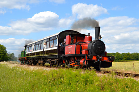 Baxter leads the shuttle South from Horsted Keynes - Steve Lee - 27 June 2015