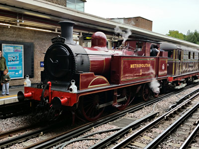 Sarah Siddons and Met No.1 at Harrow on the Hill - Mark Armstrong - 13 September 2015