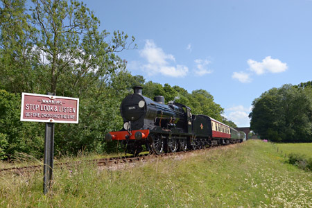 30541 approaching Horsted Keynes - Paul Furlong - 7 July 2015