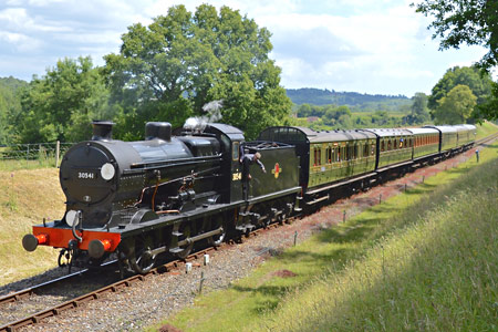 Q-class with the 1.30pm service approaching Kingscote - Steve Lee - 27 June 2015