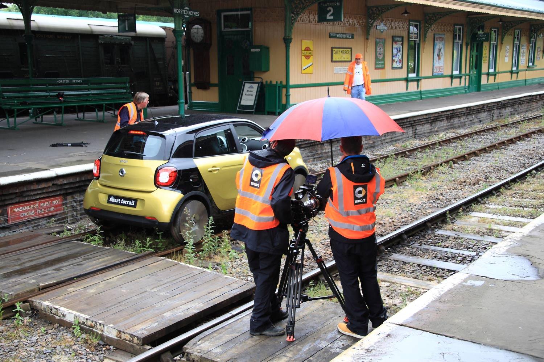 http://www.bluebell-railway.co.uk/bluebell/pic2/wn/2015c/smartfilm7712hopps22jun15c.jpg