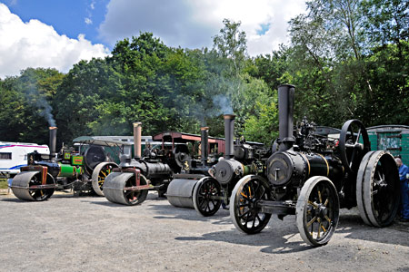Traction engines and rollers at Vintage Transport Weekend - Derek Hayward - 8 August 2015