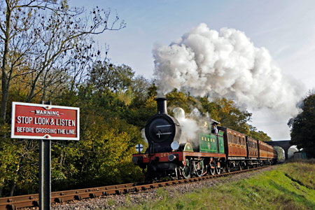 H-class with the Victorian set, approaching Horsted Keynes - Derek Hayward - 25 October 2015
