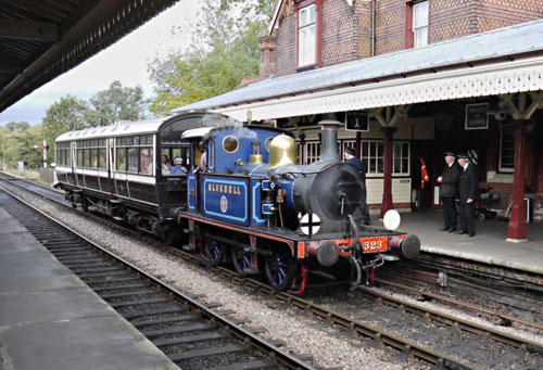 323 with Observation Car on Autumn Tints service - John Sandys - 6 October 2015
