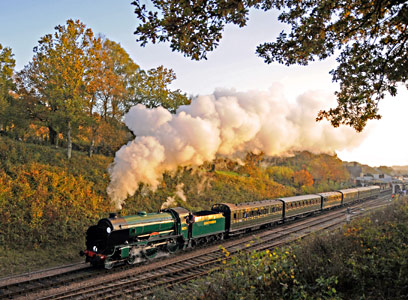 Cheltenham departs from Horsted Keynes - Derek Hayward - 31 October 2015