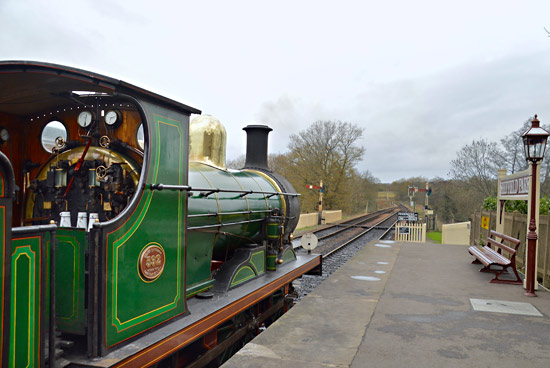 C-class 592 ready to leave Sheffield Park - Steve Lee - 28 November 2015