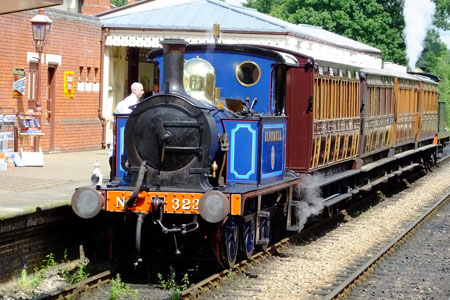323 with 4-wheel coaches - Keith Duke - 25 June 2016