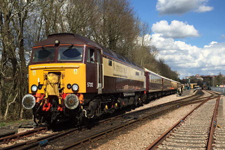 57312 brings the Belmond Northern Belle onto Bluebell metals - Roy Watts - 12 April