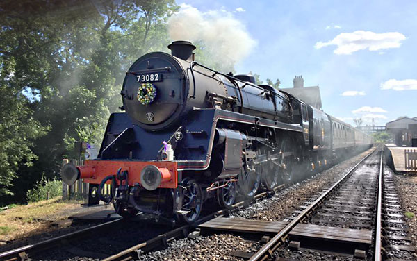 73082 carrying a wreath in memory of Simon Brown - Andy Kelly - 8 August 2016