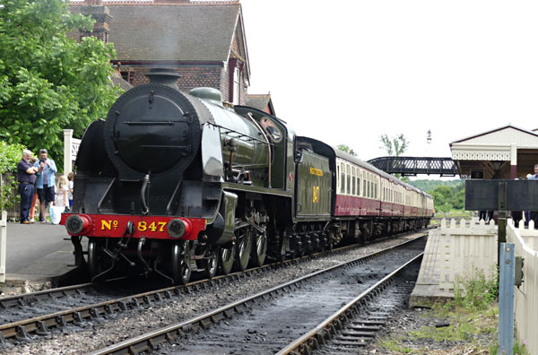 S15 ready to leave Sheffield Park - Keith Duke - 4 July 2016