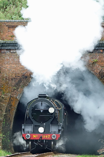S15 leaves the tunnel - Brian Lacey - 6 September 2016