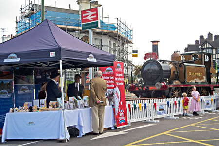Stepney and the Bluebell Stand at Haywards Heath - Martin Lawrence - 18 Sept 2016