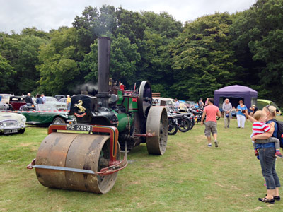 Aveling Porter Steam Rollers, vintage motor cycles and cars at Vintage Transport Weekend - Richard Salmon - 13 August 2016