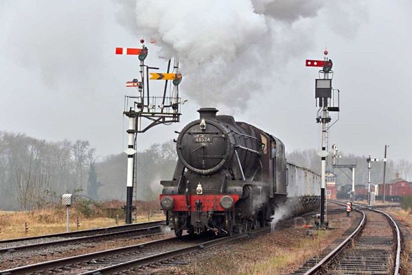 No.48624 on a photo charter on the Great Central Railway - Dave Bowles - 22 January 2015