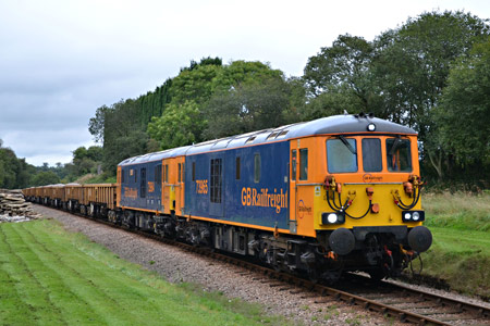 73965 + 73964 approaching Sharpthorne Tunnel with incoming ballast train 6Y05 - Andrew Crampton - 27 September 2016