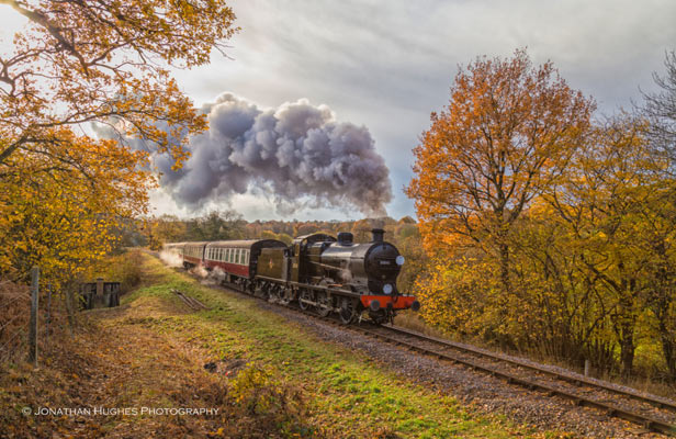 30541 with the Autumn Colours - Jonathan Hughes - 19 November 2016