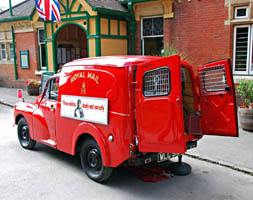 Vintage Weekend - Post Office van - 16 August 2009 - Derek Hayward