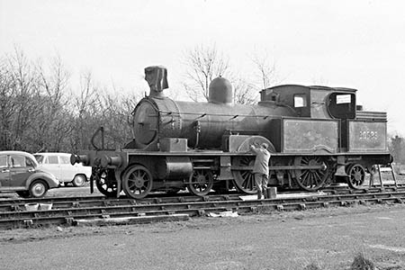 Adams Radial prepared for repainting - Ian Nolan - 11 February 1962