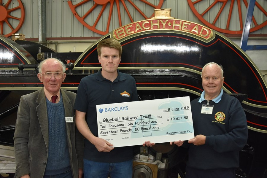 Richard Proudman from Bachmann Europe presents the cheque to Atlantic Project Chairman, Terry Cole (left) and Secretary, David Jones (right).