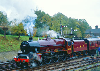 Leander at the 2004 Giants of Steam - David Haggar