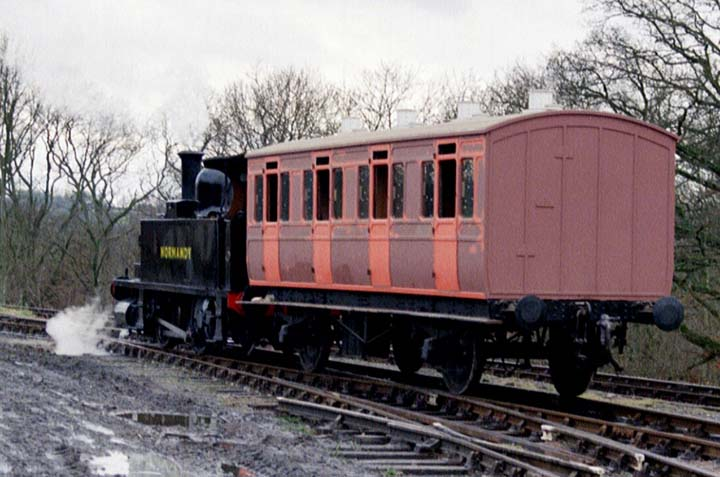 Bluebell Railway Carriages - LBSCR Stroudley First No 661