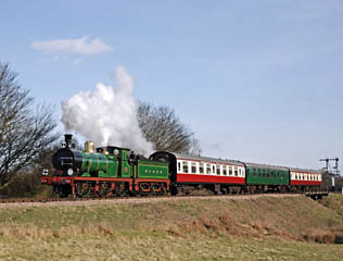 592 with Lounge Car train - Derek Hayward - 22 March 2009